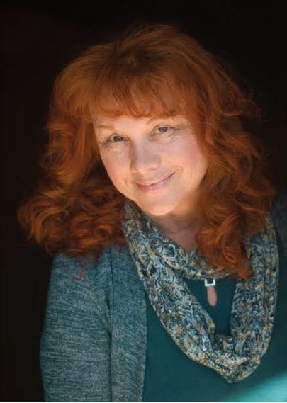 Linda Joy Singleton headshot